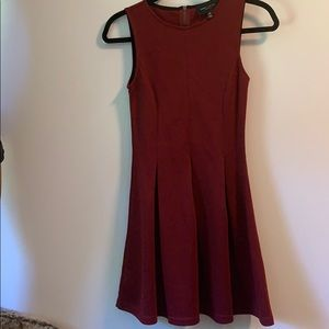 romeo + juliet maroon skater pleated dress
